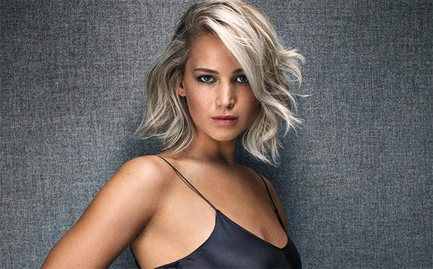 dec04-2015-1392-jennifer-lawrence_612x380