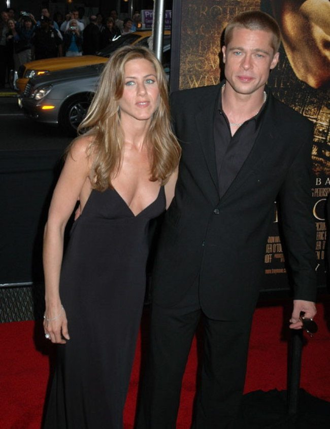jennifer-aniston-e-brad-pitt-480399_w650
