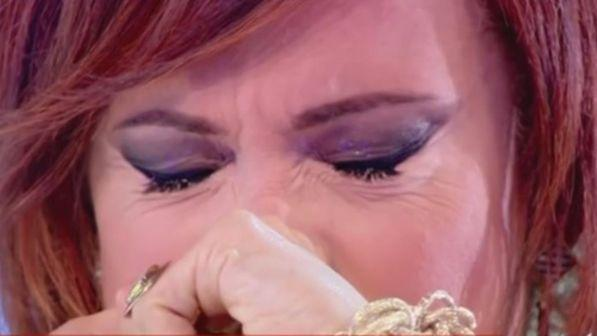"""Vladimir Luxuria piange in tv: """"Devo tanto a mia mamma"""""""